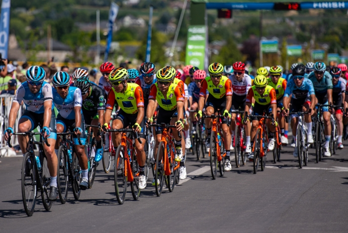 Colors pop in the peloton with 3 laps to go. Stage 1, 2019 Tour of Utah. Photo by Steven L. Sheffield