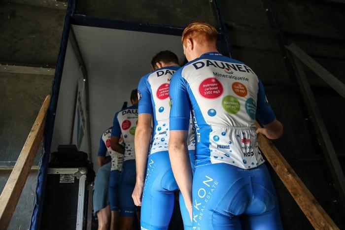 Dauner-Akkon Pro Cycling (GER) prepares to go on stage.