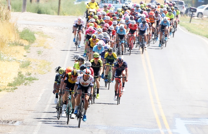 Jelly Belly rider controls the pace at the front. 2018 Tour of Utah Stage 2, August 8, 2018, Payson, Utah. Photo by Cathy Fegan-Kim, cottonsoxphotography.net