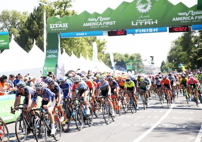 The field at one to go. 2018 Tour of Utah Stage 3, August 8, 2018, Layton, Utah. Photo by Cathy Fegan-Kim, cottonsoxphotography.net