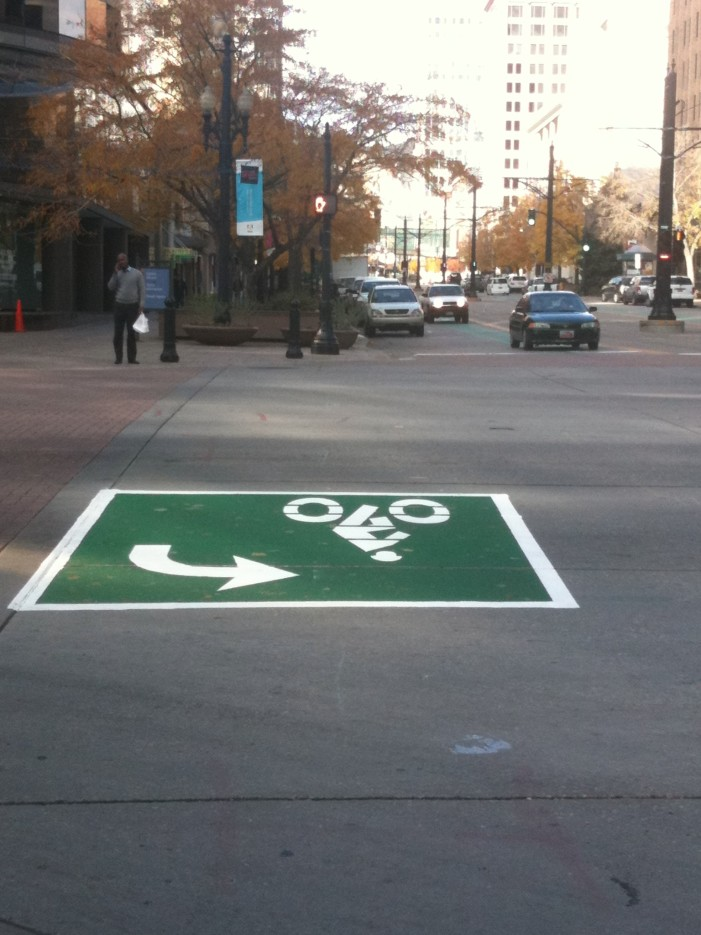 Salt Lake City Installs Copenhagen Left Bike Turn Box