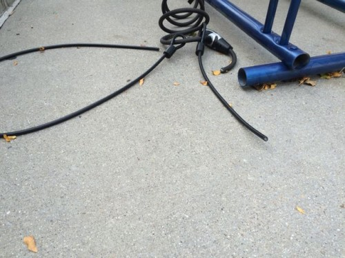 Always use a high quality lock for your bike. Don't use a cable.
