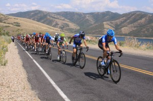 Dave Zabriskie leads the field over Little Mountain on Stage 3 in chase of Johann Tschopp. They caught him just around Ruth's Diner on the descent of Emigration Canyon.
