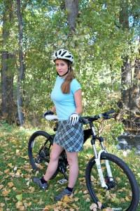 Elizabeth is wearing ZOIC mountain bike women's specific clothing.