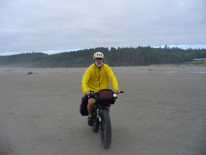 A Fat Bike Tour from Border to Border on the Beach: Washington Leg