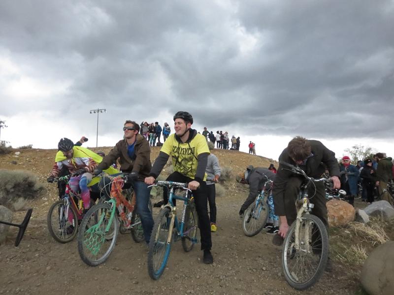 Dimestore-bike race