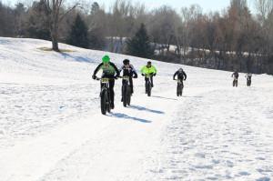 Men's elite race winner James Stull (Anchorage) leads Provo's
