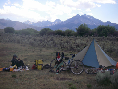 Camping along the upper Pahsimeroi river - the only water around