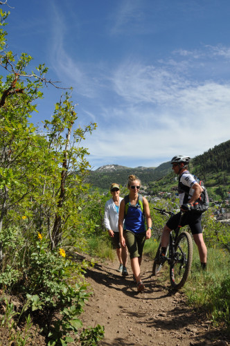 Exercise the 3 C's of Trail Etiquette: Clean - clean up after yourself.
