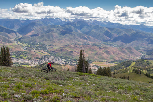 The Scott Enduro Cup returns to Sun Valley in 2015 as part of the Ride Sun Valley Festival. Photo by Jay Dash / MSI.