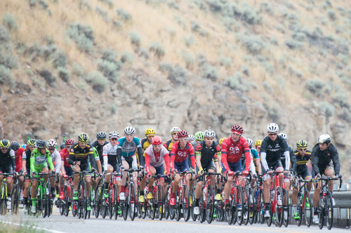 The peloton in stage 1 of the 2015 Tour of Utah. Photo by daverphoto.com