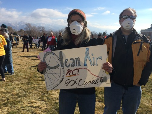 Clean Air, No Excuses. Utahns rallied for clean air on January 31, 2015. Photo by CyclingUtah.com