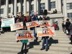 Cough, Gasp, Choke, Wheeze, Gag. Utahns rallied for clean air on January 31, 2015. Photo by CyclingUtah.com