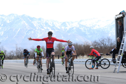 Mike Booth, Plan 7, wins the Rocky Mountain Raceways Criterium, March 12, 2016. Photo by Dave Iltis/Cycling Utah.