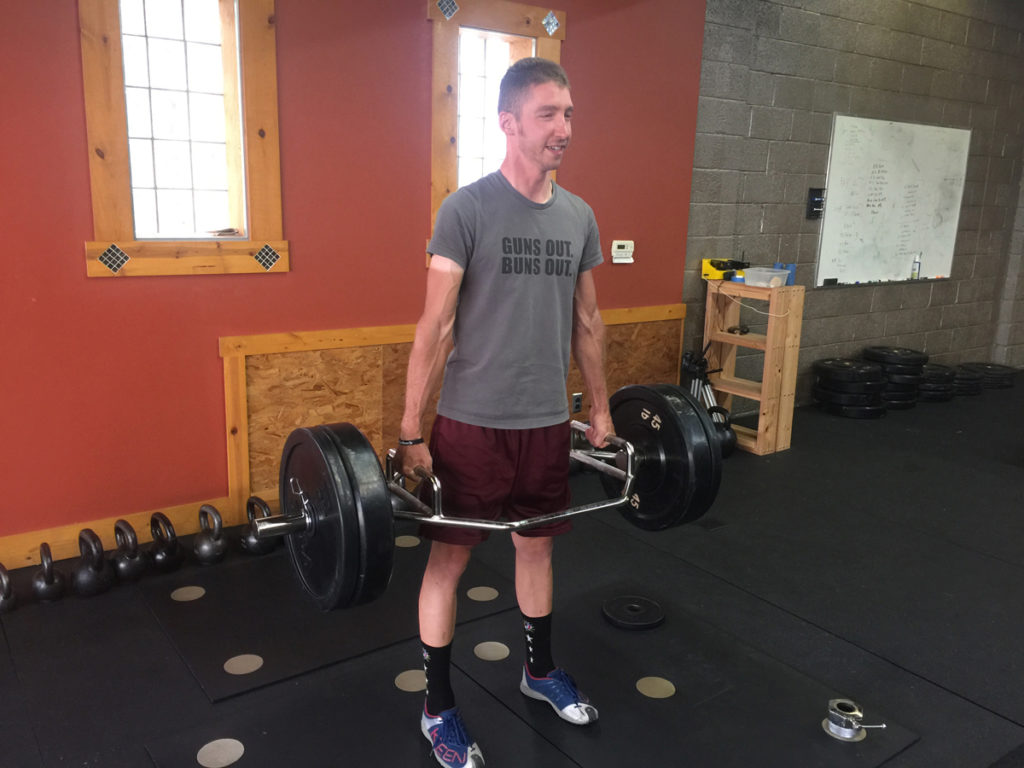 Jeff Bender crushing the deadlift. Photo by Art O'Connor