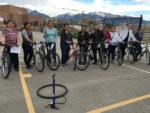 Mujeres en bicicleta de Midvale. Photo by May Romo and Merecedes Rodriguez