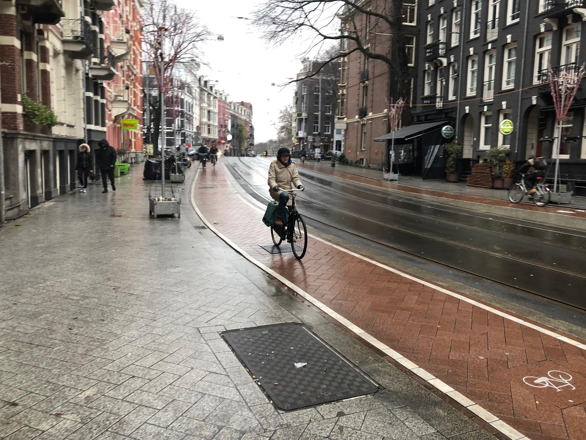 Bike lanes in Amsterdam, Netherlands, Photo bu Dave IltisBike lanes in Amsterdam, Netherlands, Photo bu Dave Iltis