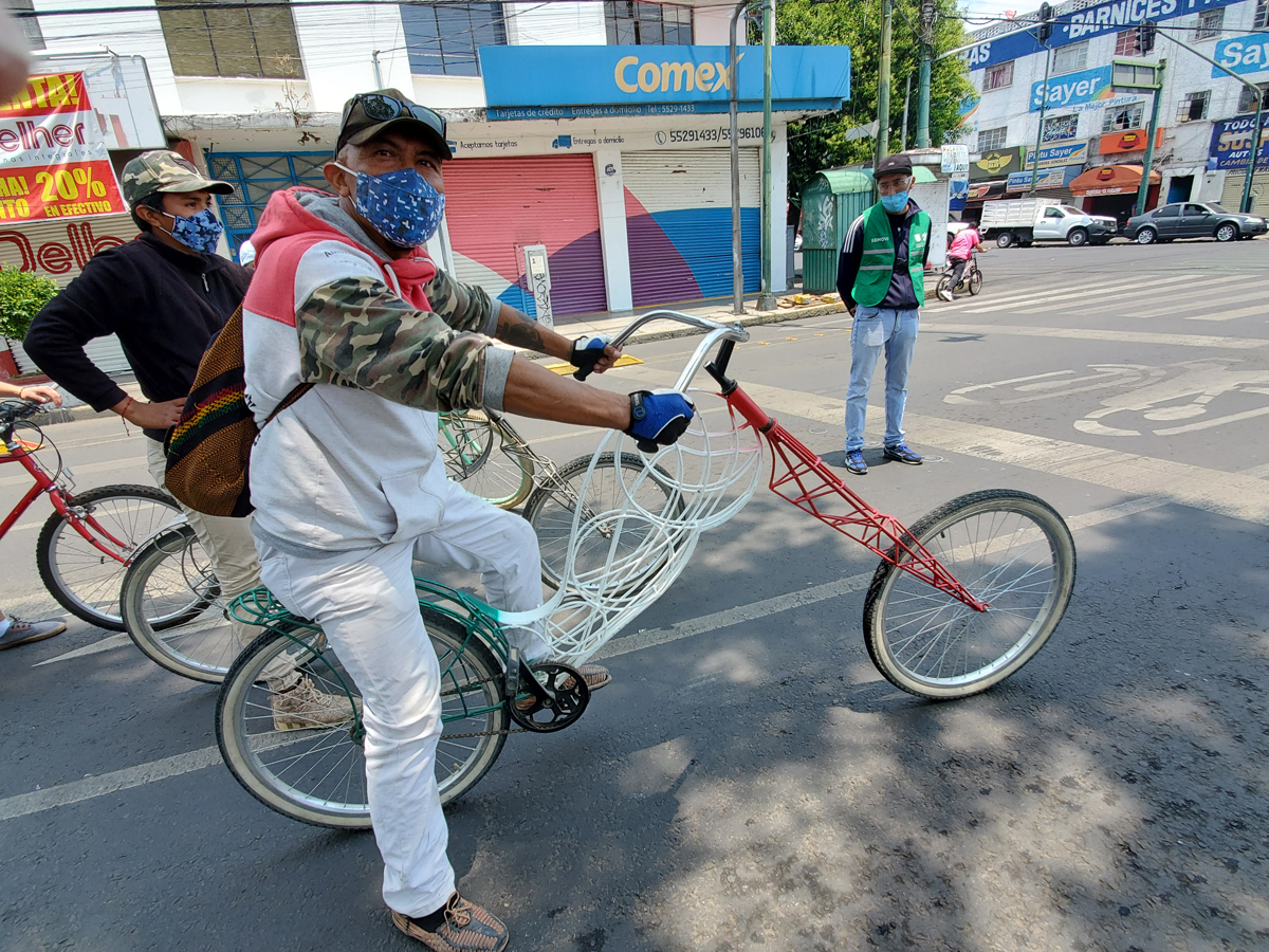 One of the many colorful bikes seen on the Sunday Muévete de Bici ride in Mexico City. Photo by David Ward